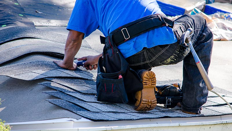 Roofing contractor Denver, CO